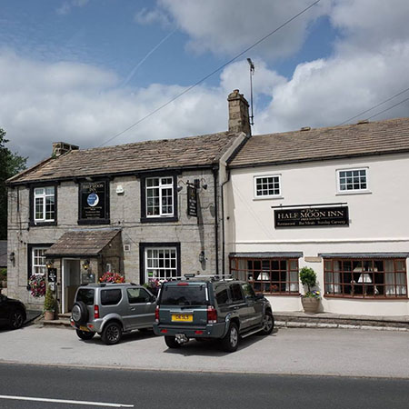 Half Moon Inn, Fellbeck